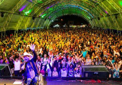 Em três noites, 19ª edição do Forró do Pontal reúne mais de 50 mil pessoas