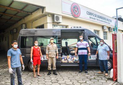 Solidariedade: Corpo de Bombeiros doa cestas básicas para secretaria de Assistência Social de Linhares