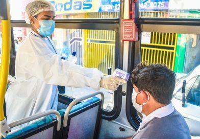 Covid-19: Ação sanitária volante da Saúde vai medir a temperatura dos passageiros de ônibus em Linhares
